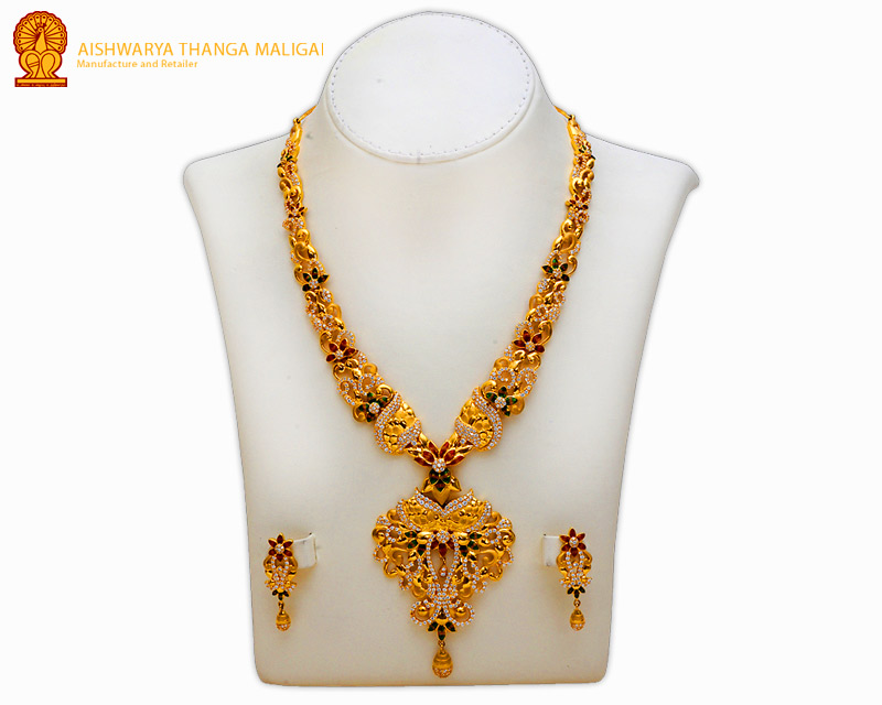 South Indian Gold Necklace , Latest Gold jewelry necklace designs